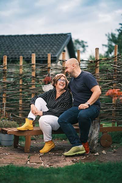 Pressbild 3 bokförlaget Eget Förlag i Norrköping. På bilden Joakim Hedström och Helene Engström. Fotograf Crelle